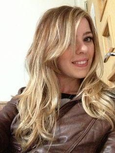 Long blonde ombré xx