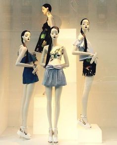 """ZARA, """"Belinda.... we used to talk every day. I miss that"""",   mannequins Aloof by Boaveri, photo by The Displayer, pinned by Ton van der Veer"""