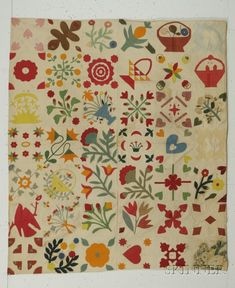 Pieced and Appliqued Cotton Album Quilt | Sale Number 2397, Lot Number 398 | Skinner Auctioneers