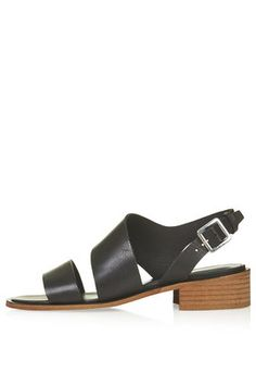 EAST LOW SANDALS