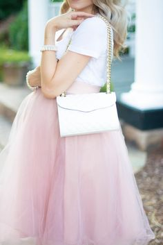 Preggerz cute pregnancy top And tulle skirt look | J'adore Lexie Couture