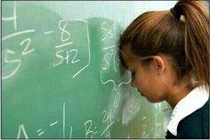 No me gustan las matematicas por qué es una asignatura que me aburre mucho.  No la entiendo y es muy dificil,pero se que es necesaria.