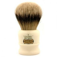 Simpson Duke 2 in best badger. My newest shaving brush. The finest shaving brushes hands down. Badger Shaving Brush, Shaving Razor, Wet Shaving, Shaving Cream, Shaving Stand, The Art Of Shaving, Hair Knot, Men's Grooming, After Shave