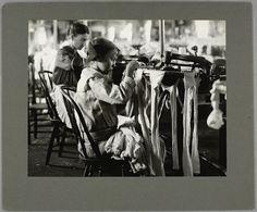 Nannie, a ... looper in a hosiery mill, November 1914.