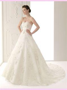 White Ball Flowers Tulle Wedding Dress