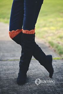 Just be happy!: Boot Cuffs - Free Pattern, worsted weight yarn - instructions for straight and scalloped tops