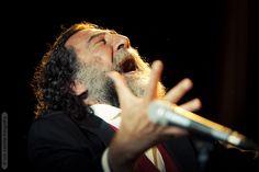 Manuel Molina en el concierto que la Fundación Proyecto Don Bosco organizó en Caja Sol.  Fotografía: Luis Castilla