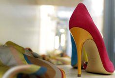 www.topitalianstyle.eu DONATI SHOES  Используя 25-летний опыт работы в мире моды, мы предлагаем обувь и  аксессуары, отличающиеся безупречным дизайном и неповторимым стилем made in Italy.