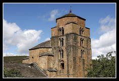 Monasterio de Santa Maria en Santa Cruz de la Serós. Localización: Pirineos, Huesca, Aragón, España. Spain.