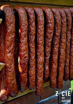 wedzona kielbasa domowa Homemade Sausage Recipes, Smoked Meat Recipes, Grilling Recipes, Home Made Sausage, Bariatric Eating, Kielbasa, Food Humor, My Favorite Food, Nutella