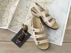f9446e414 Power Comfort 3 Strap Sandal