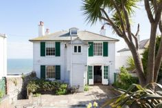 Holiday home rental in Sandgate, Kent - Holiday Cottage Compare Devon Cottages, Luxury Holiday Cottages, Rural Retreats, Uk Holidays, Good House, Ideal Home, Beach House, Swimming Pools, Home And Family