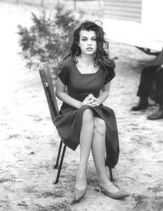 Photos PETER LINDBERGH Vogue FR - Lolita 1990 - Milla Jovovich - May 1990