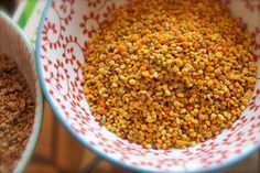 Healthy tip for the morning yoghurt - Bee Pollen & Flaxseed Quick Healthy Snacks, Healthy Breakfast Options, Healthy Foods To Eat, Healthy Tips, Healthy Recipes, Bee Pollen, Natural Health Remedies, Eat Right, Quick Recipes