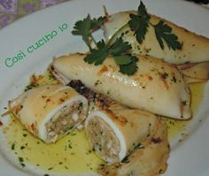 Stuffed squid So I cook Stuffed squid So I cook Fish Recipes, Seafood Recipes, Cooking Recipes, Healthy Recipes, Sicilian Recipes, Appetisers, Fish Dishes, Love Food, Food And Drink