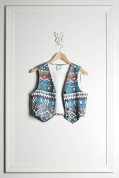 Cropped Vest Southwestern Aztec Pattern / Teal Green / 90s Grunge / by THRIFTAGE on Etsy, $42.00 // Vintage Street Style