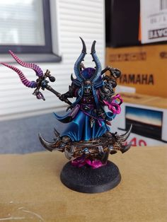 A place to share ideas and techniques for painting and converting miniatures. Warhammer 40k Figures, Warhammer Aos, Warhammer Models, Warhammer 40k Miniatures, Warhammer 40000, Chaos Legion, Chaos 40k, Thousand Sons, Miniature Figurines
