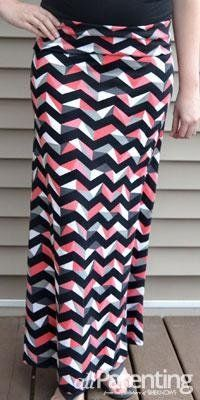 Sew maxi skirts, jersey maxi skirts, diy maxi skirt, sewing t Sew Maxi Skirts, Diy Maxi Skirt, Maxi Skirt Tutorial, Jersey Maxi Skirts, Crochet Skirts, Maxis, Diy Clothing, Sewing Clothes, Clothing Patterns