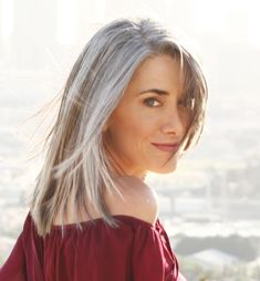 Wish I could look this good with gray/grey hair...