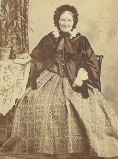 http://i.ebayimg.com/t/CDV-PHOTO-ELDERLY-VICTORIAN-WOMAN-IN-LAVISH-HOOP-DRESS-SHAWL-BONNET-CWE
