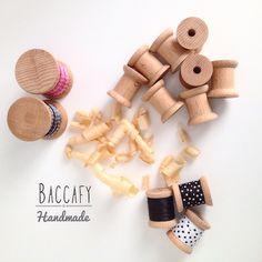 """GD NIGHT  #baccafy #woodbobbin #ahsapmakara #ahsapbobin #ahsapdikismakarasi #nostalji #crossstitch #crossstitcher #crossstitchpattern #hoopart…"" Cross Stitch Patterns, Place Cards, Place Card Holders, Wood, Crafts, Handmade, Decor, Manualidades, Hand Made"
