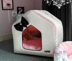 Bling Bling Cozy House Dog Bed in Silver