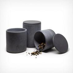 Dose aus Beton mit Deckel. Ideale Aufbewahrungsmöglichkeit für Gewürze, Büromaterial oder Kosmetikartikel.