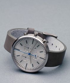 302 SERIES (Brushed Steel / Grey Leather) | Uniform Wares