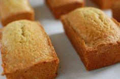 DIY: Mini Lemon Bread Favors via Project Wedding