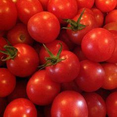 Do you celebrate tomato season too?  #mossmountainfarm #tomatoes #garden #vegetables