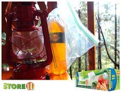 #Tips STOREit Citronela en una linterna es una excelente opción para auyentar a los zancudos.  Te recomendamos colocar la botella de citronela dentro de una bolsa STOREit por si se llega a derramar un poco en el trayecto.