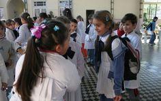 Repetición en escuelas bajó casi a la mitad en últimos diez años