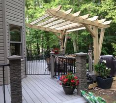 cantilever pergola DIY designed and built, decks, DIY how to, outdoor living, woodworking projects diy modern screen wall