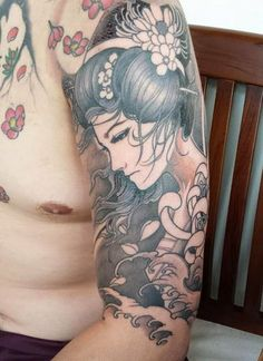 Japanese Blue Samurai Geisha Tattoo Designs, Drawings and Outlines with meaning. These Geisha tattoo sketches and images are perfect for inspiration. Tattoos Masculinas, Asian Tattoos, Bild Tattoos, Love Tattoos, Tattoo You, Beautiful Tattoos, Body Art Tattoos, Tattoos For Guys, Symbols Tattoos