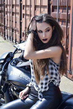 😝 Dreadlocks, Hair Styles, Beauty, Hair Plait Styles, Hair Makeup, Hairdos, Haircut Styles, Dreads, Hair Cuts