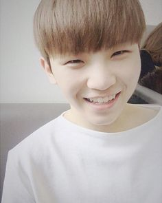 Jihoon (Woozi) is Yoongi (Suga from BTS)'s twin brother and has been missing for 3 years although both Yoongi and Jihoon remember that day. Wattpad, Innocent Love, Hip Hop, Won Woo, Seventeen Woozi, Lee Jihoon, Pledis 17, Pledis Entertainment, Seungkwan