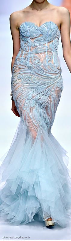 Zhang JingJing Haute Couture SS 2014 beautiful detailing but it needs to be fitted better Blue Fashion, Look Fashion, High Fashion, Beautiful Gowns, Beautiful Outfits, Couture Fashion, Runway Fashion, Traje A Rigor, Glamour
