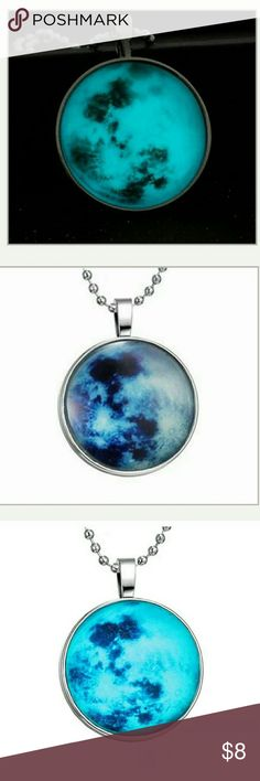 Vogue Glow in the Dark Galaxy Cabochon necklace Description Beautiful and attractive pendant necklace ? and glow in the dark bead inside. It will make a perfect gift! Our glowing jewelry can be charged as many times as you want for many years. item is fully charged (about 30 min. with UV light) it will give brightest glow for about an hour and than it will fade out slowly.   Condition:100% BRAND NEW  Color: See Pictures  Chain Length: 60cm  Pendant Size: Cabochon Diameter:25mm  Material…
