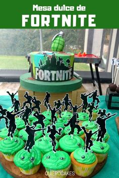 The sweet meal of Fortnite 10th Birthday Parties, Birthday Party Decorations, 8th Birthday, Birthday Cake, Food Decorations, Birthday Ideas, Fete Emma, Invitation Fete, Birthday Invitations Kids