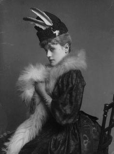 inspiration for Sofya's Maman, the Countess