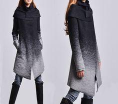Hoarfrost - gradient woolen coat + free cotton bottoming top / asymmetrical woolen jacket / gray woolen jacket / cowl jacket (Y1591)