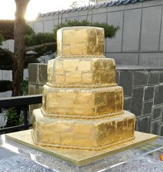 Thoroughly modern take on a traditional cake. Love it!   martha stewart wedding cake photos | Gold Leaf Wedding Cake — Other / Mixed Shaped Wedding Cakes
