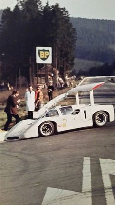 Chaparral 2F SPA Hill & Spence 1967