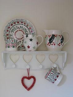 Emma Bridgewater Christmas Display (Emma Bridgewater Official Facebook Page)