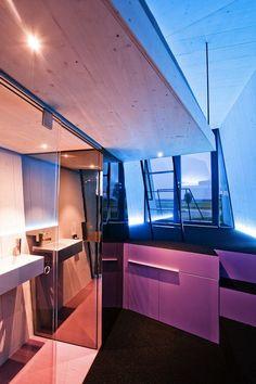 Innovative Hypercubus design by Studio is a modular hotel model (via freshome) Architecture Tumblr, Beautiful Architecture, Architecture Design, Modern Tiny House, Tiny House Design, Design Case, Studio, Small Living, My Dream Home