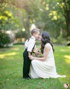 Quanto às fotos, nem precisamos dizer que são realmente impressionantes. Quando se trata de um casamento no campo, ao ar livre, o horário, o local e todo o conjunto contribuem para um resultado único e belo.