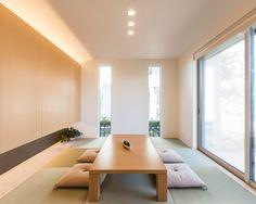 和室|注文住宅のアキュラホーム Modern Japanese Interior, Japanese Home Decor, Japanese House, Japan Interior, Home Interior Design, Interior Architecture, Apartment Interior, Apartment Living, Zen Interiors