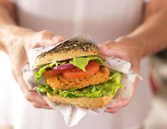 Hamburguesa de quinoa | Hoy comemos sano Couscous, Tofu, Vegetarian Recipes, Sandwiches, Ethnic Recipes, Healthy Hamburger, Quinoa Burgers, Gram Flour, Rolled Oats