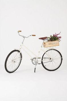 I'm afraid of getting ran down by a car, so I don't own a bike. If I did, I'd want it to look just like this.