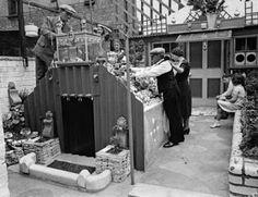 Un abri anti-aérien efficace et populaire en Grande-Bretagne pendant la seconde guerre mondiale [Abri Angleterre Bombes Europe Guerre insolite Mondiale Protection Royaume-Unis]